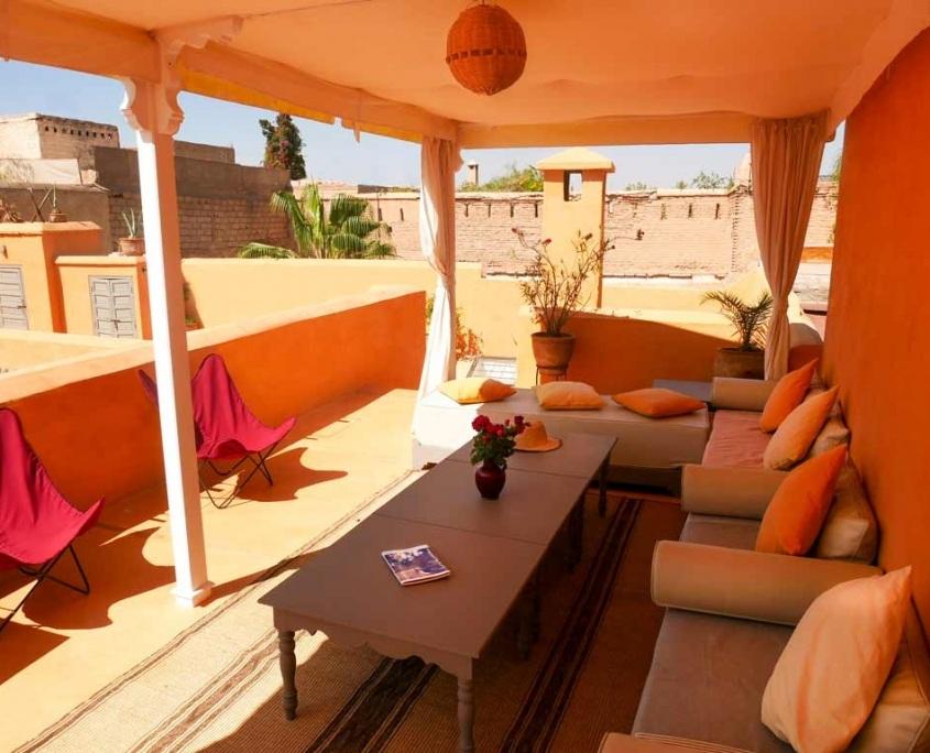 Photo de la pergola d'un riad à Marrakech sur la terrasse