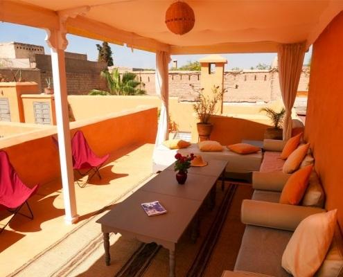Photo d'une pergola orange à Marrakech