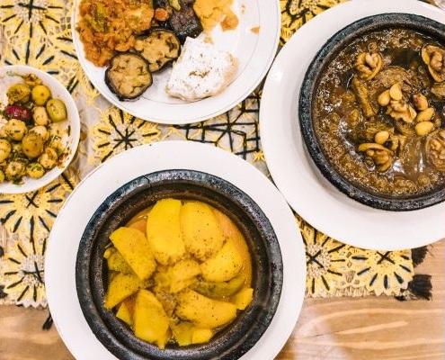 Plats marocains dont tajines et salades marocaines à Marrakech