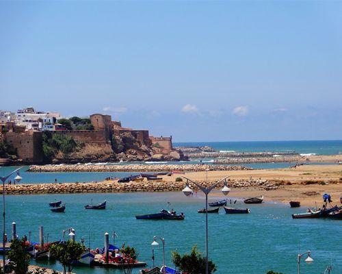 Port et mer de Rabat au Maroc
